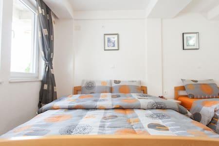 Villa Nasteski - room for three - Ohrid