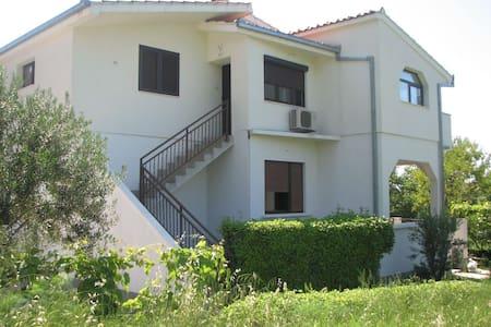 Villa Gordana - Kaštel Sućurac - Daire