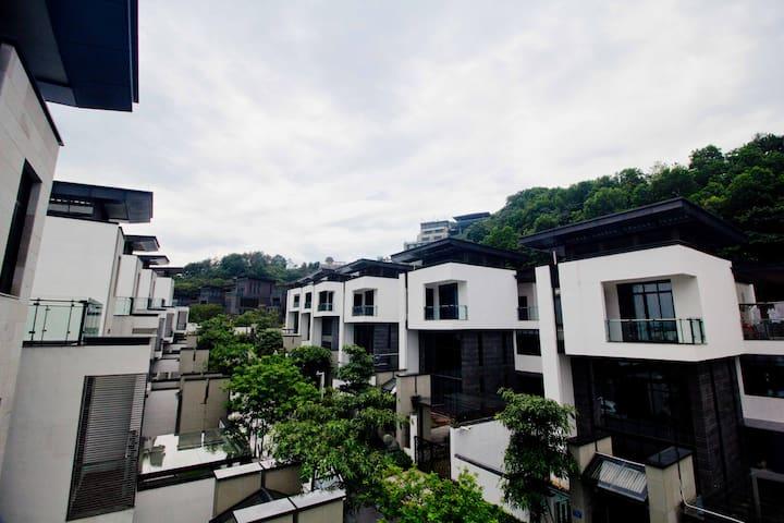 从化温泉明月山溪豪华别墅9房15床 - Guangzhou - Villa