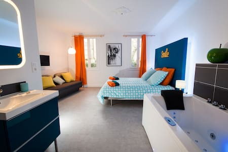 La Maison Gustave - Narbona - Bed & Breakfast