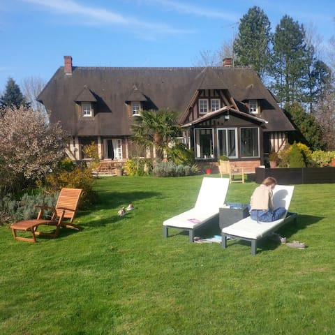 4 bedroom Normandy, close Deauville