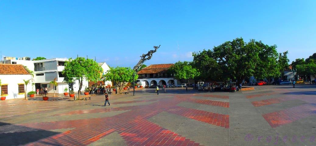 La plaza Alfonso López