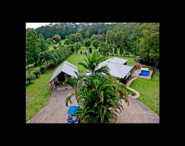 Rainforest Studio Retreat