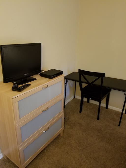Dresser, desk and TV with Cable
