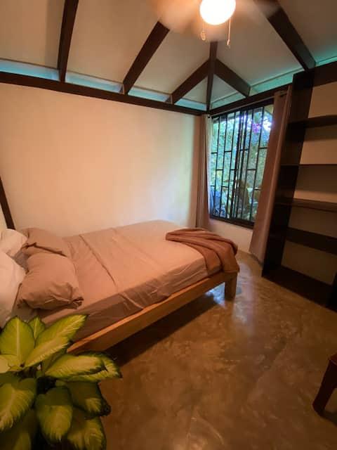 Habitación Privada 3, cascada, playa y Surf !