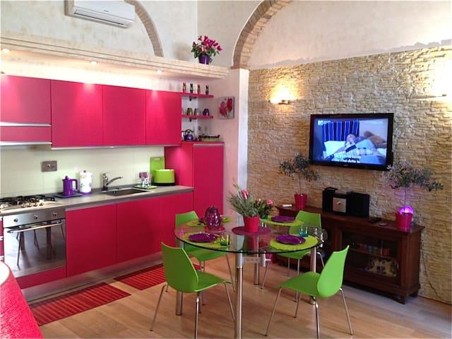 Trastevere color-suite