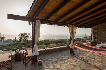 sunny villa with unique seaview - Livadia/Elafonissi
