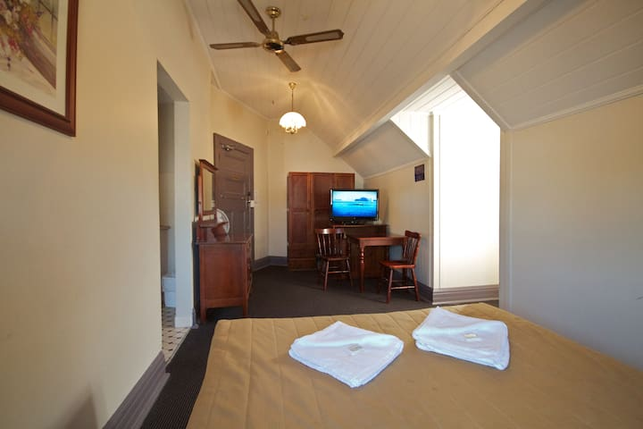 Stay at iconic Pyrmont's local -Standard Double