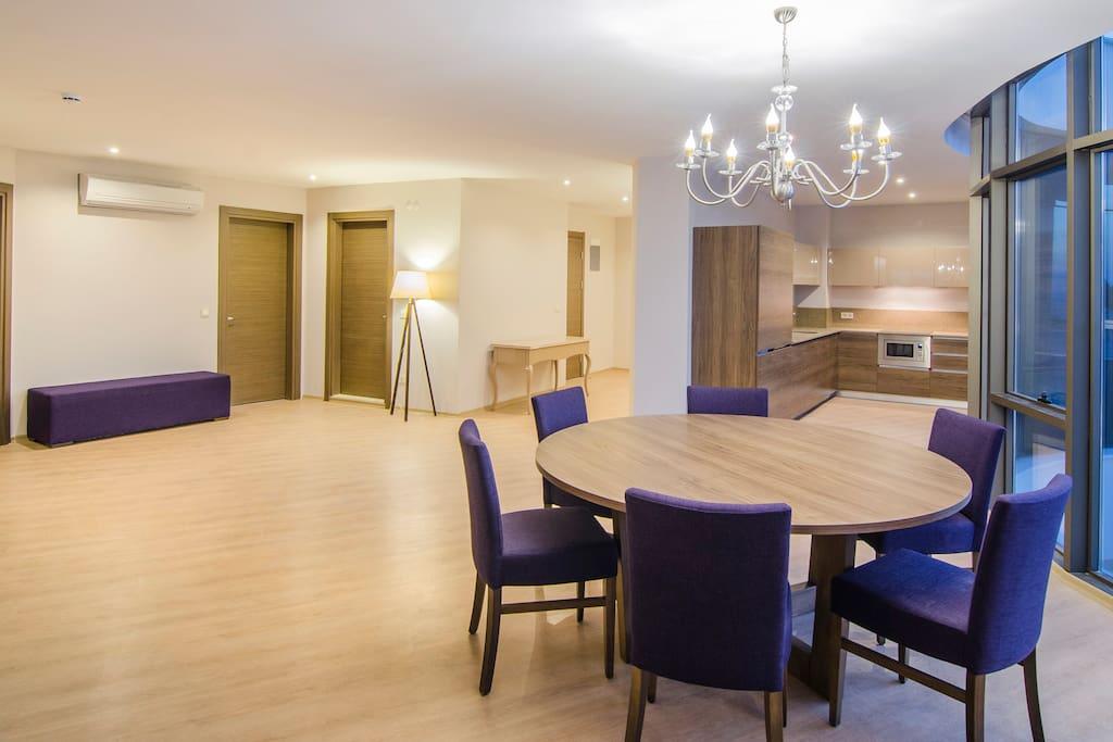 Deniz manzaralı 3Yatak odası +1 salon ve mutfaklıdır