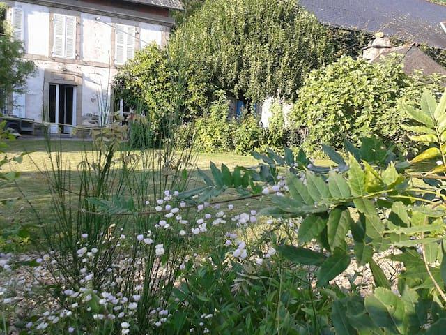Argentat, vallée dordogne - Monceaux-sur-Dordogne - Vakantiewoning