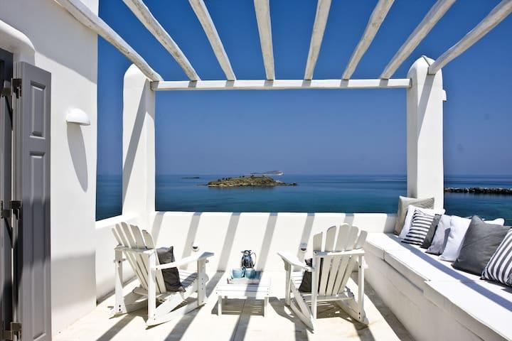 """""""Dream Villa"""" Luxury Villa in Syros"""
