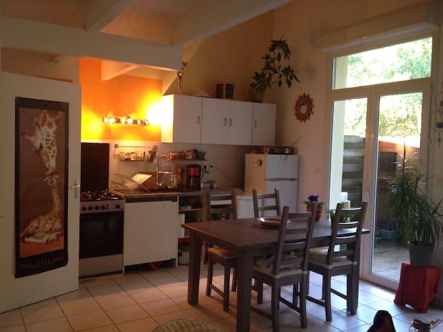 Petite maison en forêt proche océan - Saint-Brevin-les-Pins - Talo
