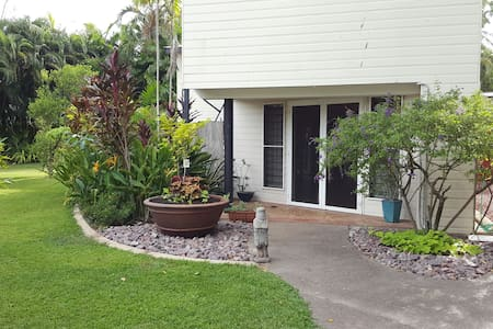 2 Bedrooms - luxury accommodation - Fannie Bay