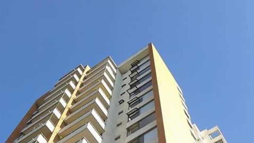 Ñuñoa amplio pasos Mall Egaña, Metro L3-4 y plazas
