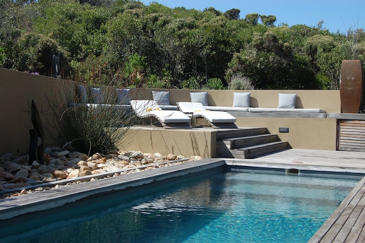 5* Villa on dunes above beautiful Wilderness beach