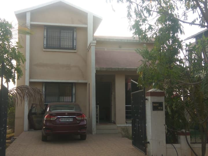 3 BHK Villa with swimming pool in Karjat with AC