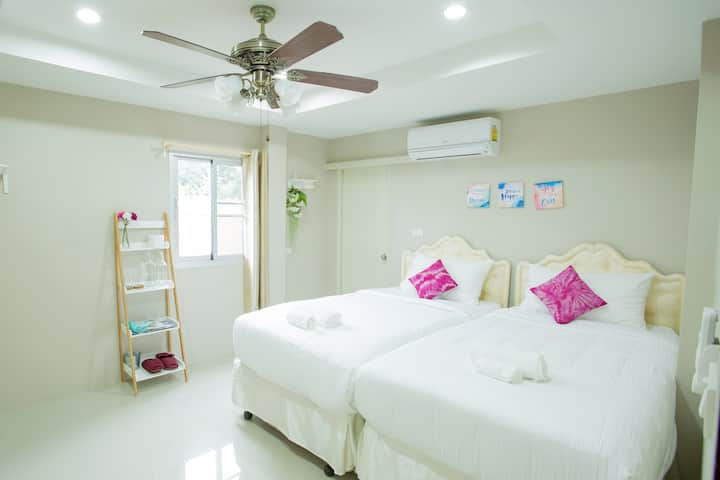 Cozy HOMESTAY & LOCAL TRAVELING BY HOST FOR2PP
