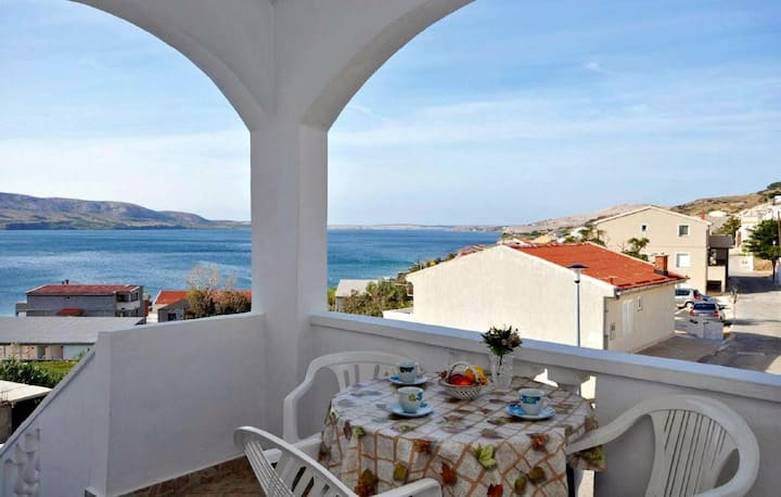 One bedroom apartment with terrace and sea view Metajna, Pag (A-4126-b)