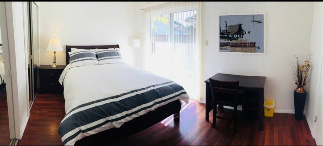 Guest suit with private bathroom and entrance #4