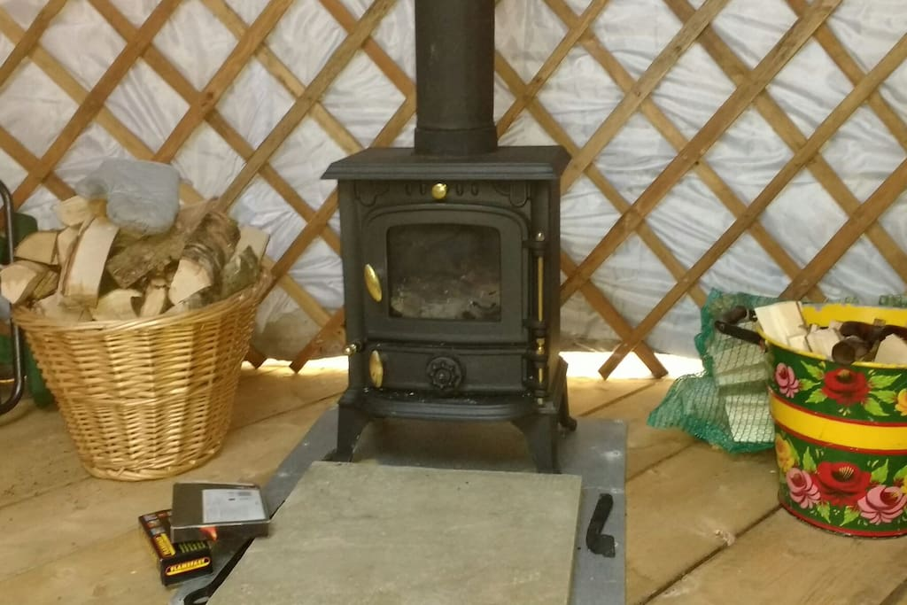 Woodburner and log basket