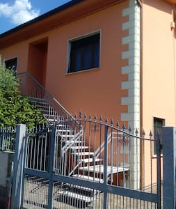 New large 2 BR in center Tuscany  - Ponte Buggianese - Maison