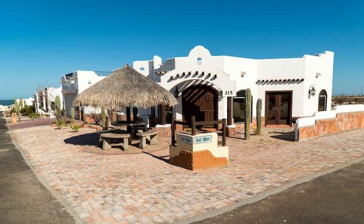3BR House #215 in Los Sahuaros close to pool&beach