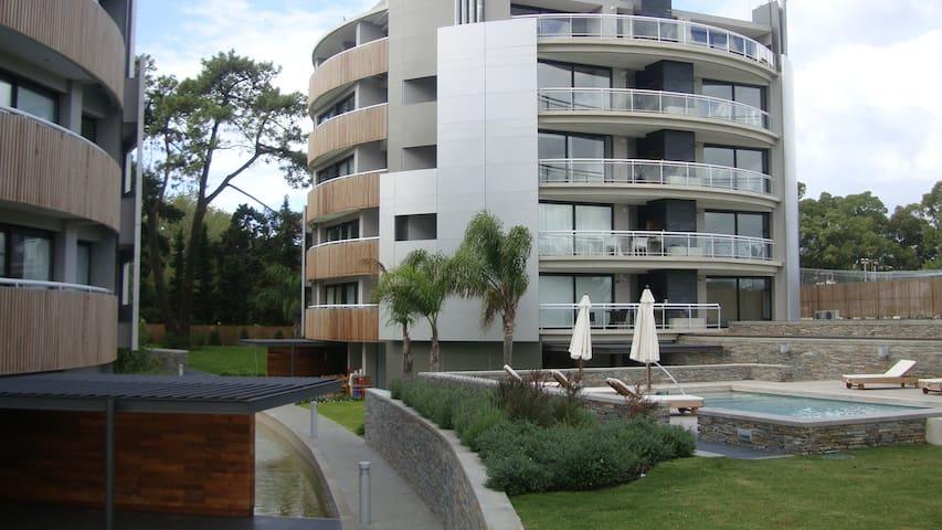 Excellent Apart 1 Bdr in Carrasco - Ciudad de la Costa - Lägenhet