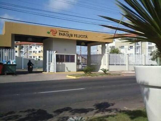 Quarto inteiro em apto de Condomínio - Macapá - Apartamento