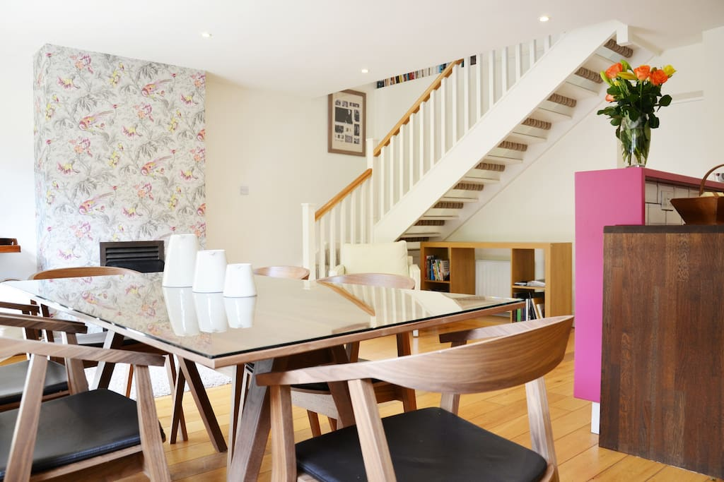 Recently refurbished the Mews is sensitively and beautifully decorated