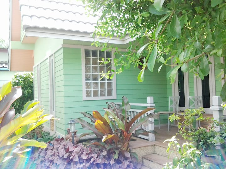 NR, 2 Bedrooms house, 1.5 KM to Bangtao Beach