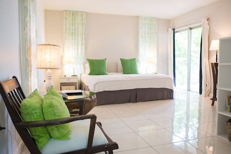 Bright Montego Bay Studio Rental - Montego Bay - Wohnung