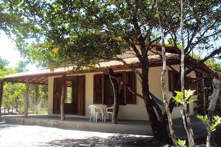 Linda casa p/ 4 pessoas em Boipeba