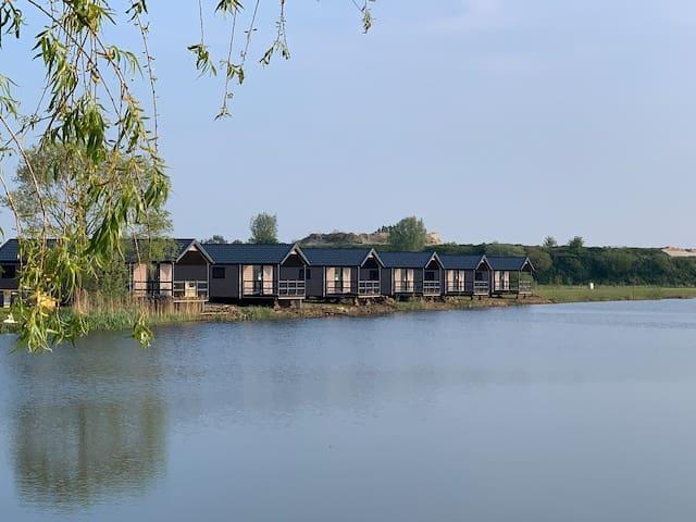 Unieke waterlodge geschikt voor 6 personen