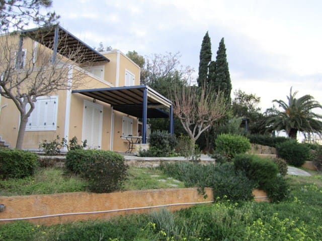 Fantastic Villa in Thymari, Athens - Θυμάρι - House