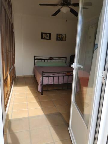 Habitación privada Denia, baño separado Pedreguer