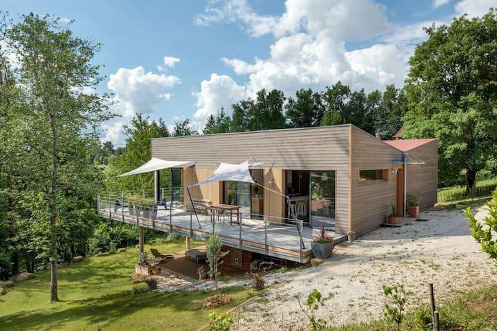 Maison d'architecte avec spa bain nordique