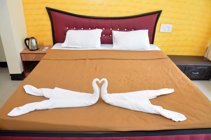 Comfort Stay with Swim Pool for 3 in North Goa