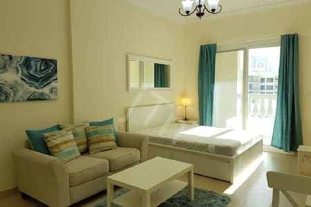 Large, fully furnished studio apartment in JVC