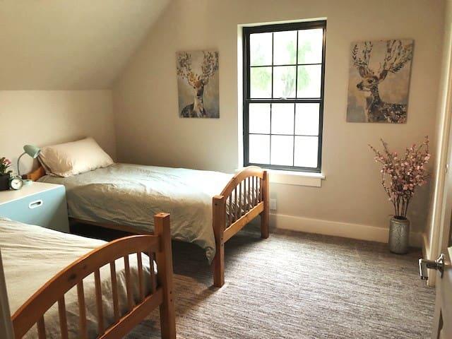 Double twin room upstairs