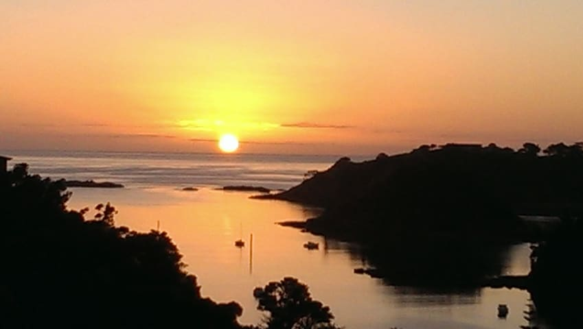 Tutukaka Beachhouse with stunning harbour views