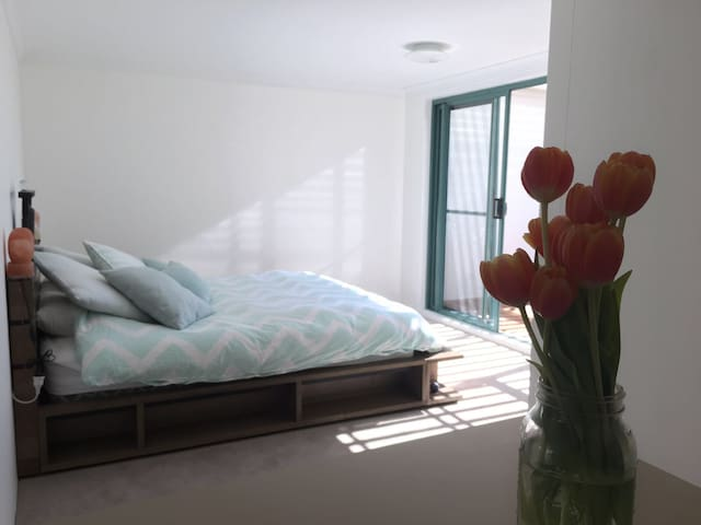 ENTIRE PLACE WITH OCEAN VIEW - Clovelly - Apartemen