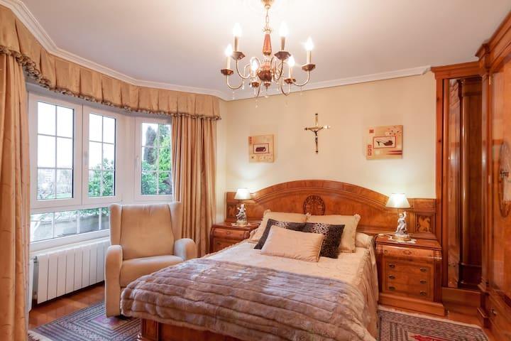 casa marte 2 bed&breakfast - Torrelavega - Bed & Breakfast