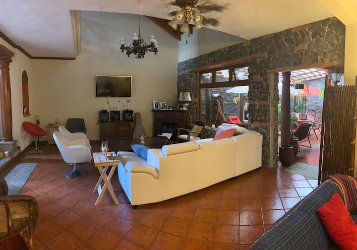 Junior Suite - Colonial Style