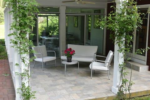 Your Perfectly Wonderful  Woodbury Sanctuary!