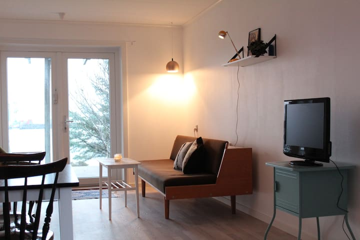 Cosy and Bright Apartment by the Sea - Argir - Lägenhet