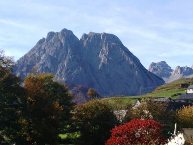 Grand gite à la montagne  Lescun 64 - Lescun - Byt