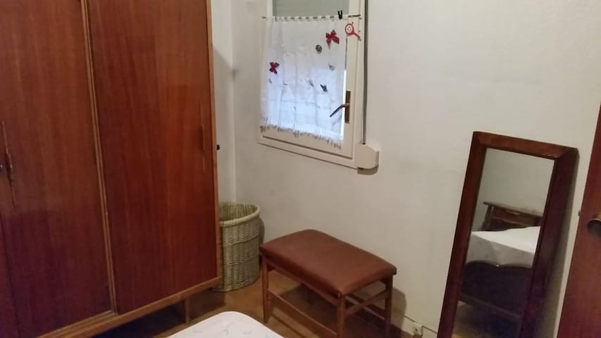 Single room Hospital Sant Pau
