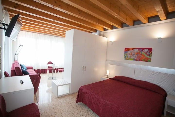 Mini appartamento CA' RODI Meublé 3 Leoni