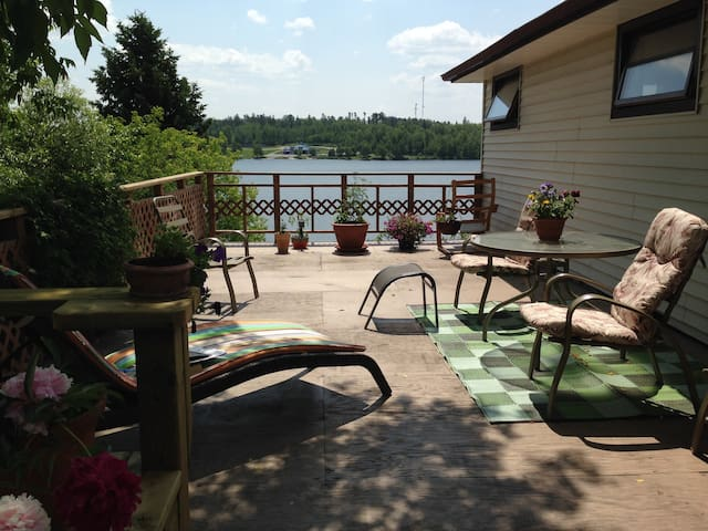 Rabbit Lake Summer Retreat - Kenora - Cottage