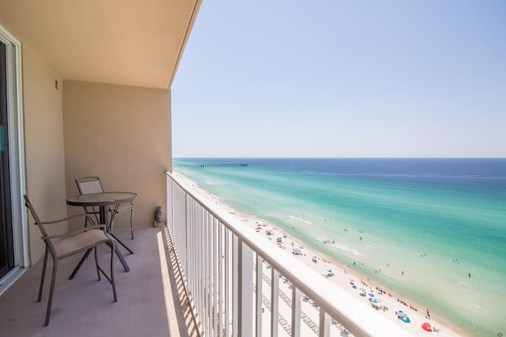 WALK TO PIER PARK | BEACHFRONT BLISS | 5 STAR